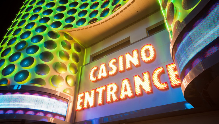 Poll: Most Singaporeans Favor Casinos