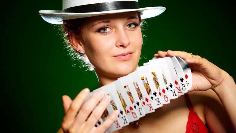 Casino Smiles, Players Smile Back